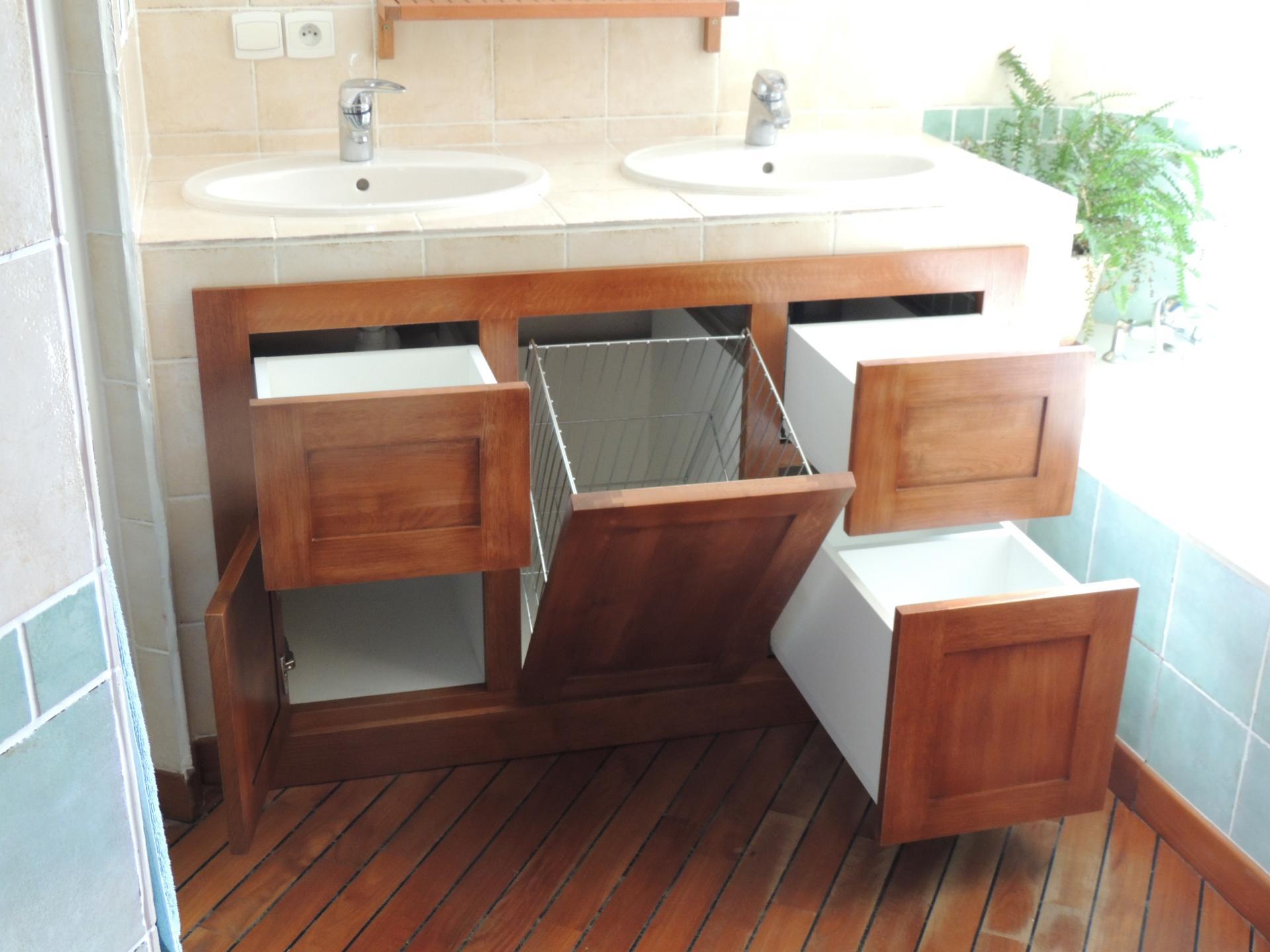 Panière a linge - meuble salle de bain sur mesure - www.ateliercannelle.com