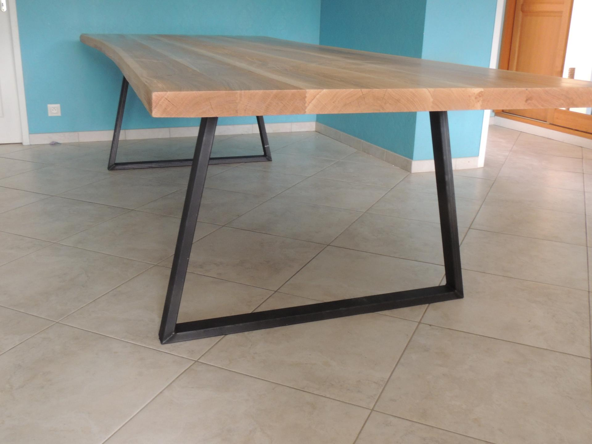 table - Chêne et acier - ateliercannelle.com