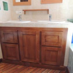 www.ateliercannelle.com, meuble salle de bain massif