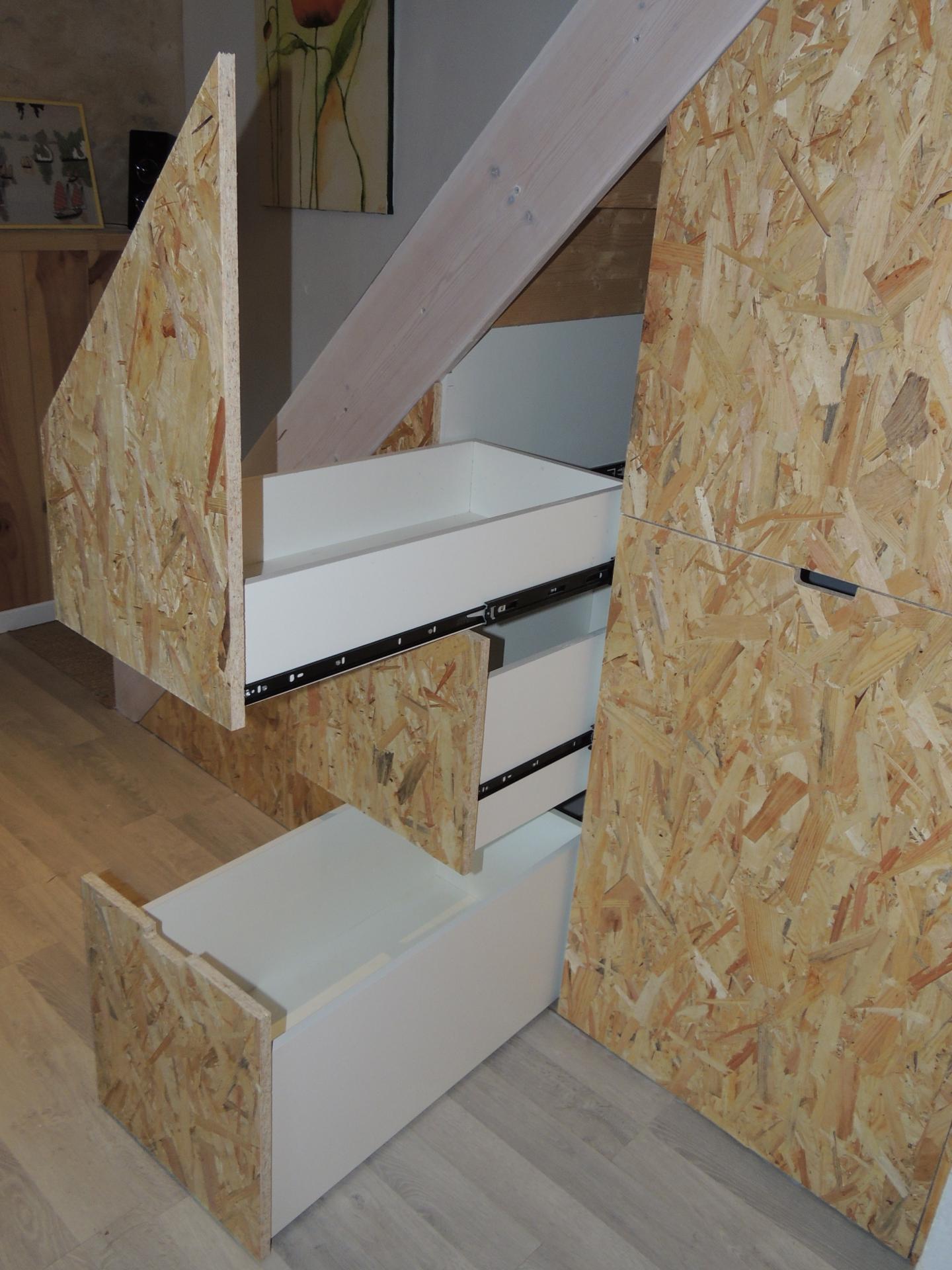 www.ateliercannelle.Com - tiroir sous escalier