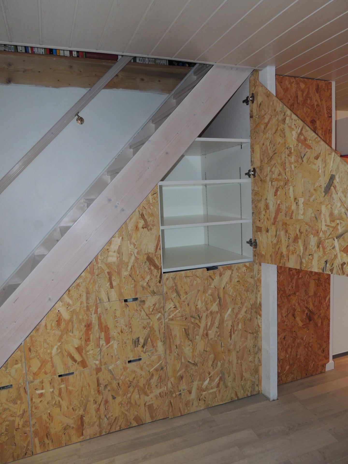 www.ateliercannelle.com - agencement sous escalier