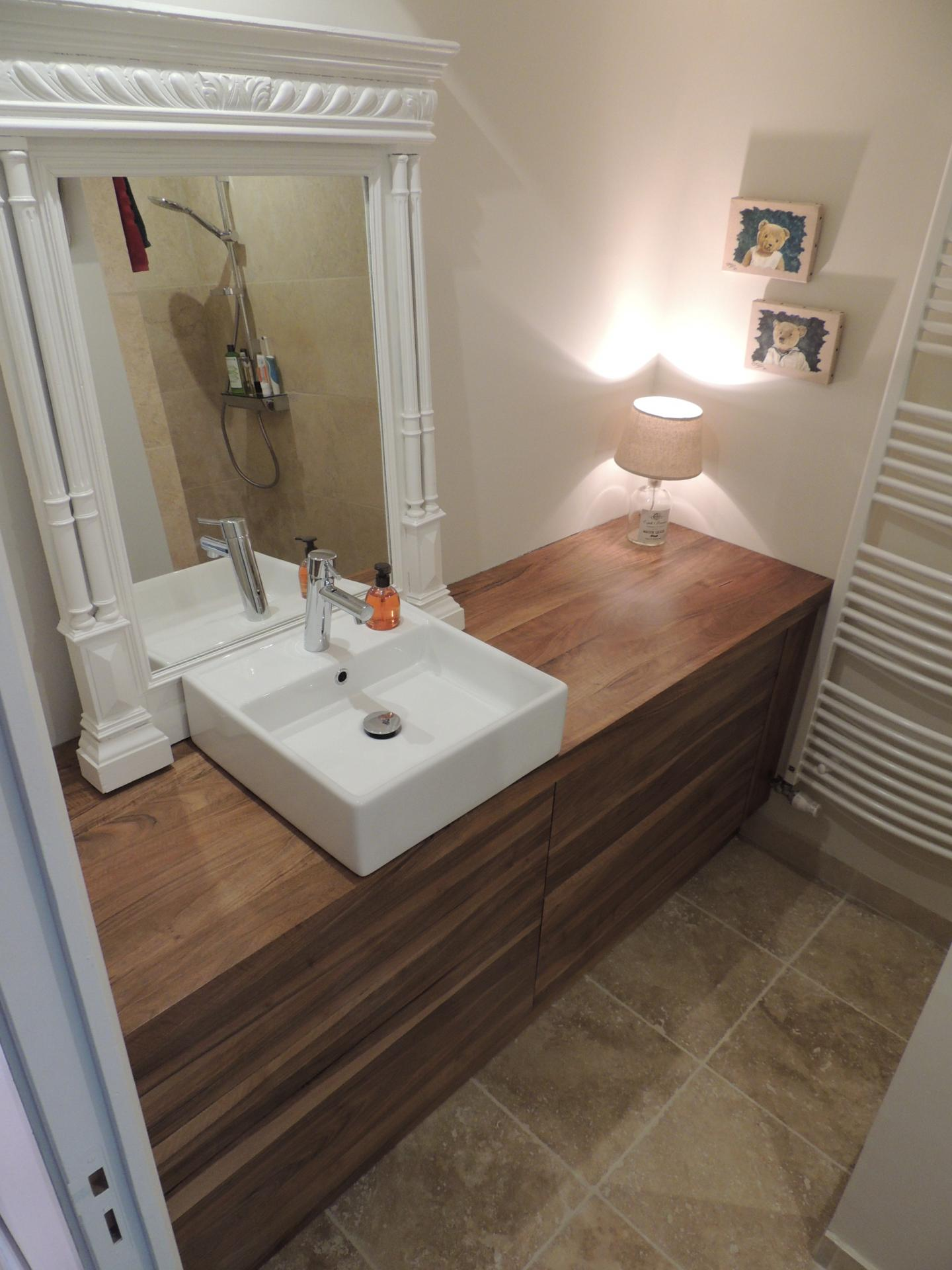 Bathroom furniture - walnut - drawer - www.ateliercannelle.com