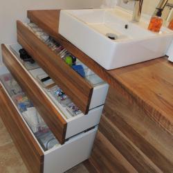 www.ateliercannelle.com - Meuble de salle de bain à 5 tiroirs