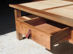 www.ateliercannelle.com, table basse frêne et noyer