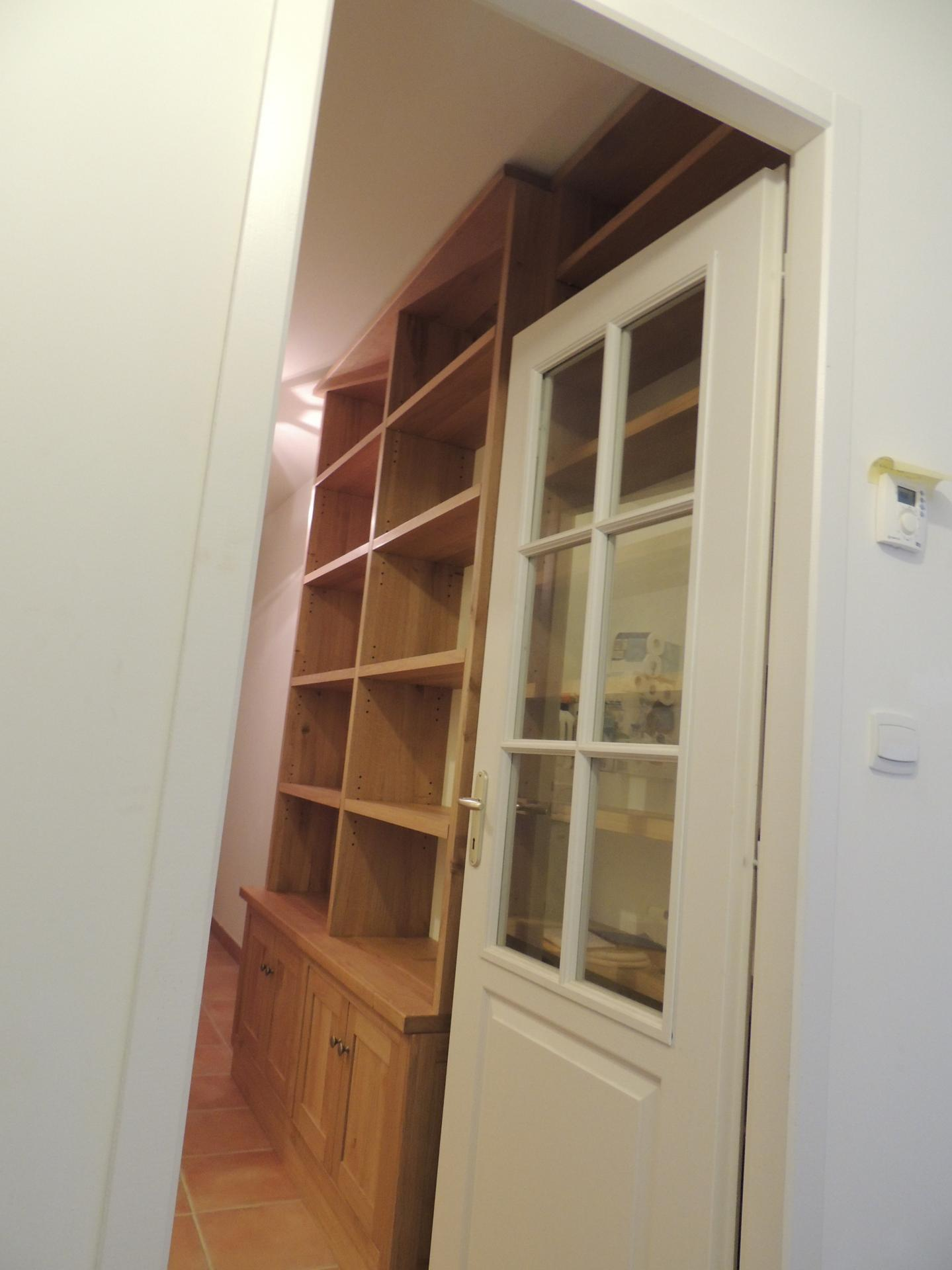 Bibliothèque chêne massif - www.ateliercannelle.com
