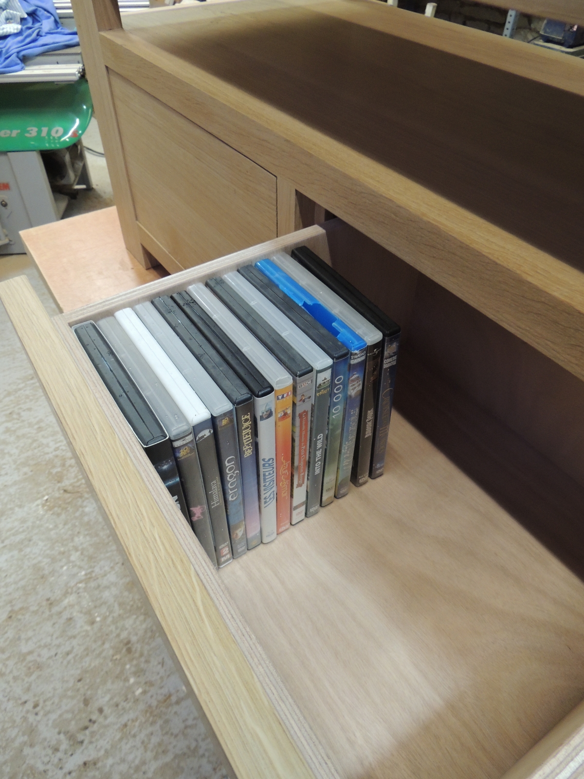 Charmant Ateliercannelle.com (17) - Tiroir Pour DVD Sur Mesure