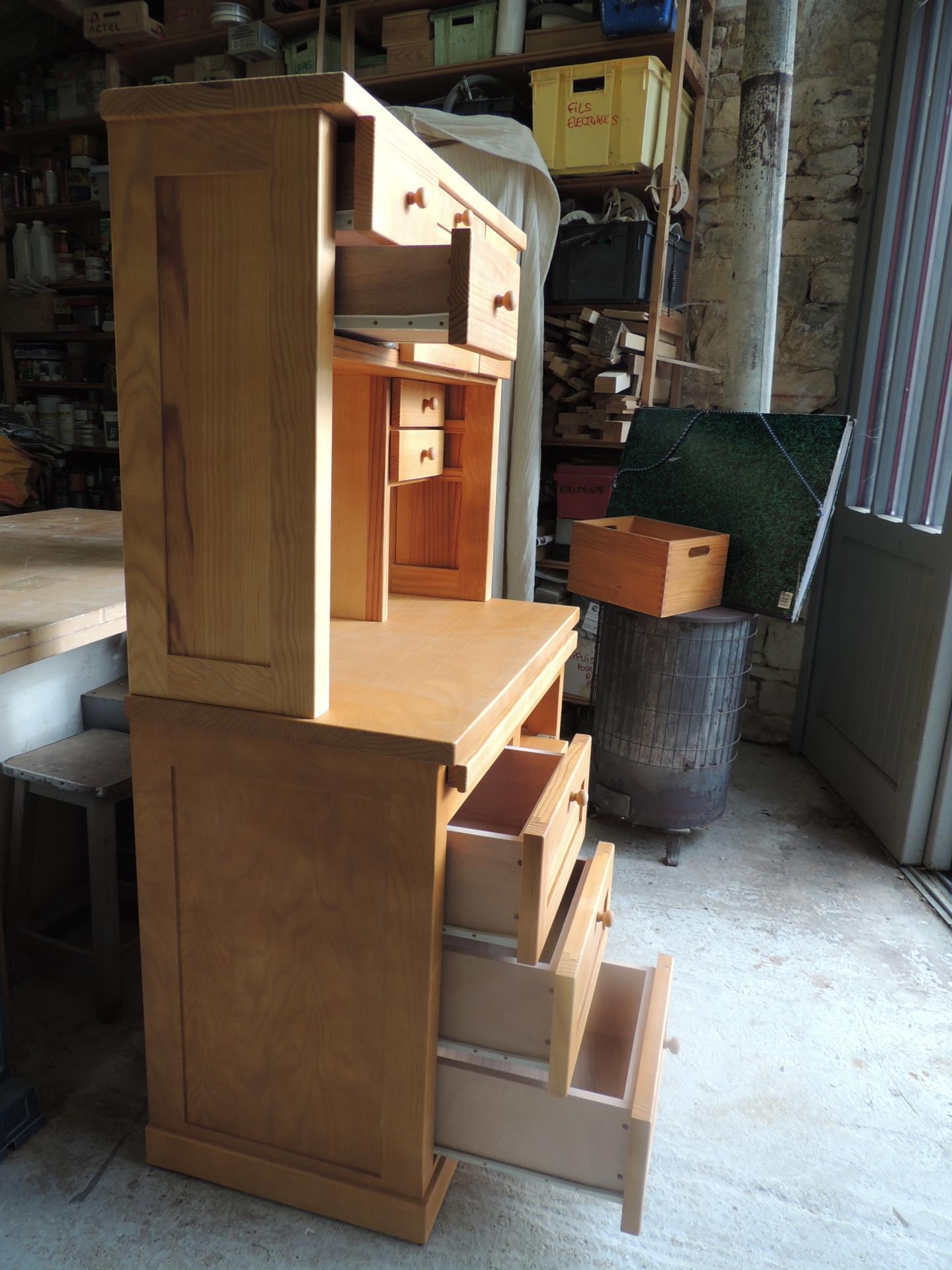 Secrétaire : 5 grands tiroirs