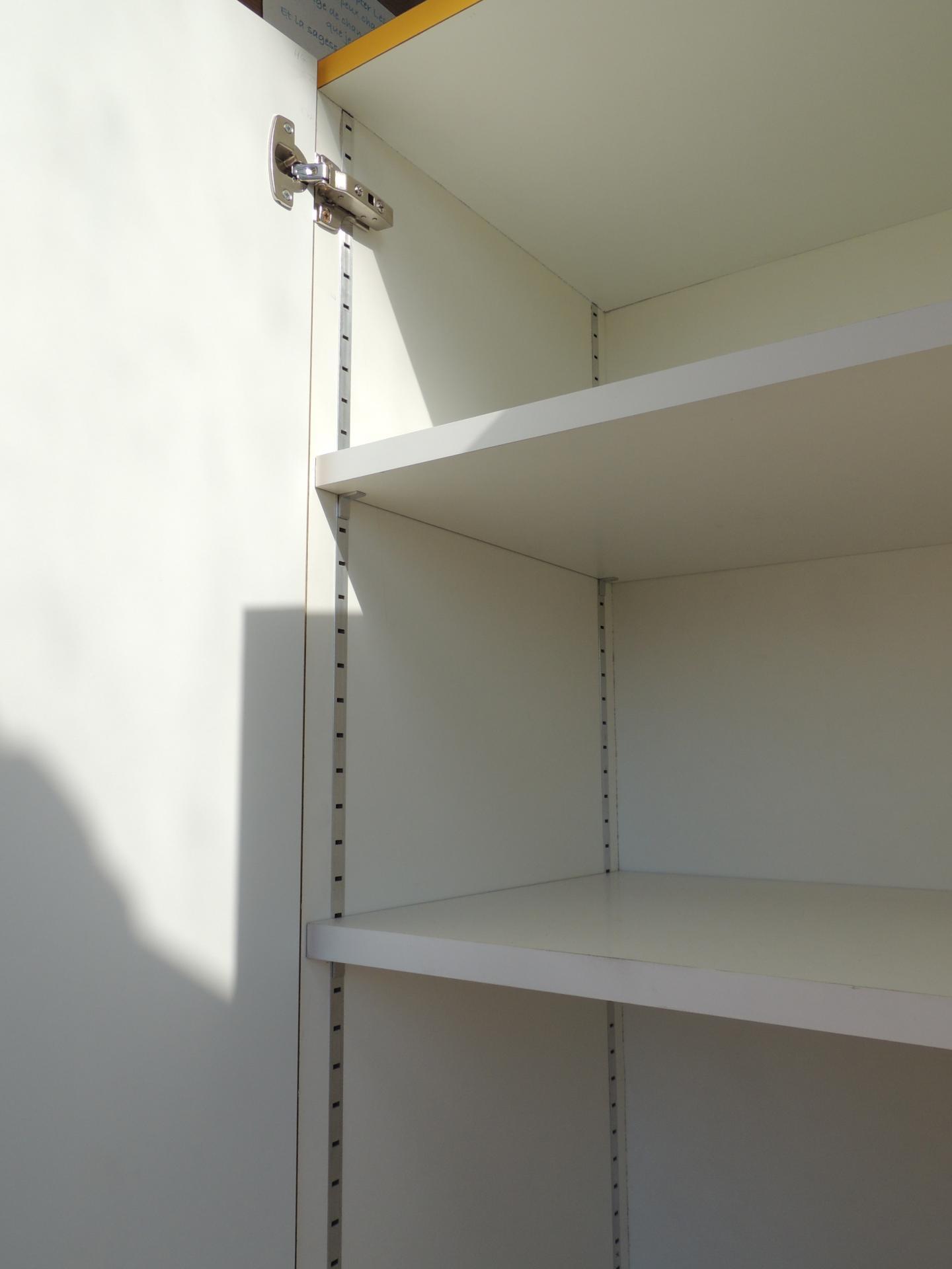 ateliercannelle.com (17) - étagères sur crémaillères